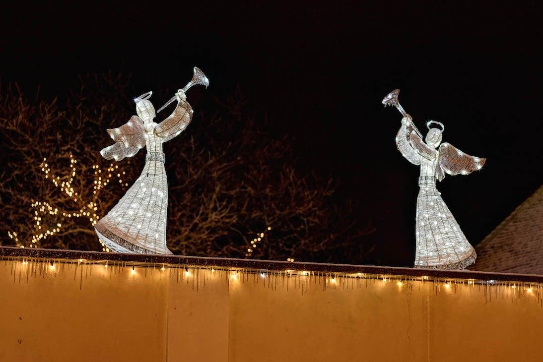 Weihnachtsbeleuchtung Für Draußen.Weihnachtsbeleuchtung Anschließen Clevere Elektroinstallation Und